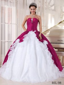 Sweetheart Quinces Dresses with Ruffles and Beadings in Fuchsia and White