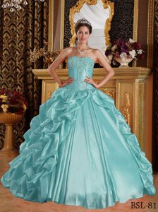 Sweetheart Long Embroidery and Beaded Quinceanera Gowns in Blue