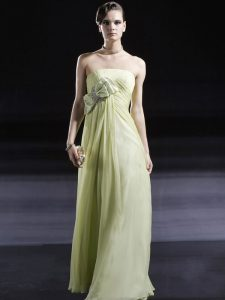 Eye-catching Light Yellow Strapless Side Zipper Ruching and Bowknot Prom Evening Gown Sleeveless