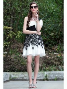 One Shoulder White And Black Sleeveless Chiffon Criss Cross Cocktail Dresses for Prom and Party