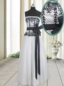White And Black Strapless Zipper Lace and Bowknot Womens Evening Dresses Sleeveless