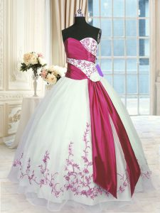 Sweetheart Sleeveless Lace Up Quinceanera Gown White And Red Organza