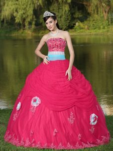 Special Strapless Embroidered Coral Red Tulle Sweet 15 Dresses