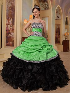 Popular Green and Black Sweet Sixteen Quince Dress