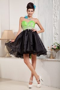 Black and Spring Green Sweetheart Mini-length Beaded Prom Dress