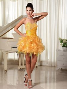 Beautiful Mini-length Sweetheart Yellow Prom Dresses Beading and Ruffles