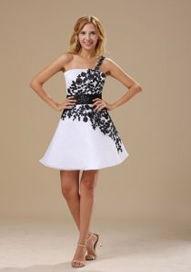 Embroidery Decorated One Shoulder Mini-length Black and White Prom Dress