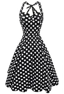 Low Price Scoop White And Black Sleeveless Knee Length Pattern Backless Cocktail Dresses