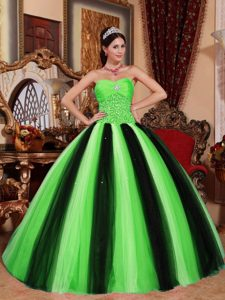 Inexpensive Sweetheart Tulle Beading Quinceanera Gown in Green and Black