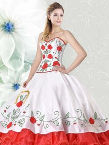 Sleeveless Organza and Taffeta Floor Length Lace Up 15 Quinceanera Dress in White and Red with Embroidery and Ruffled Layers